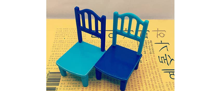 3D print tolerance fit: test with doll house chairs